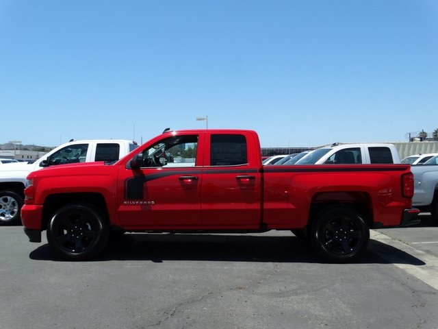 2018 Silverado 1500 Double Cab 4x2,  Pickup #181590 - photo 3