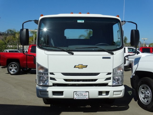 2018 LCF 4500HD Regular Cab 4x2,  Cab Chassis #181784 - photo 3