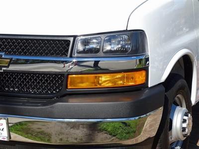 2018 Express 3500 4x2,  Morgan Parcel Aluminum Cutaway Van #182296 - photo 4