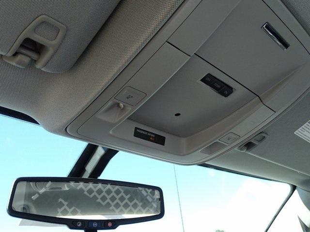 2018 Silverado 3500 Regular Cab DRW 4x2,  Royal Contractor Body #182297 - photo 20
