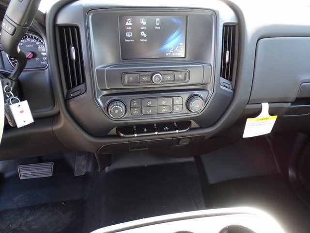 2019 Silverado 2500 Crew Cab 4x2,  Pickup #190313 - photo 20