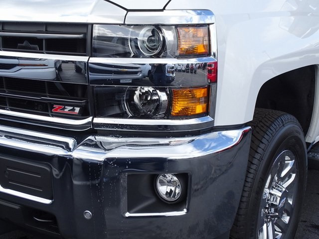 2019 Silverado 3500 Crew Cab 4x4,  Pickup #190467 - photo 4