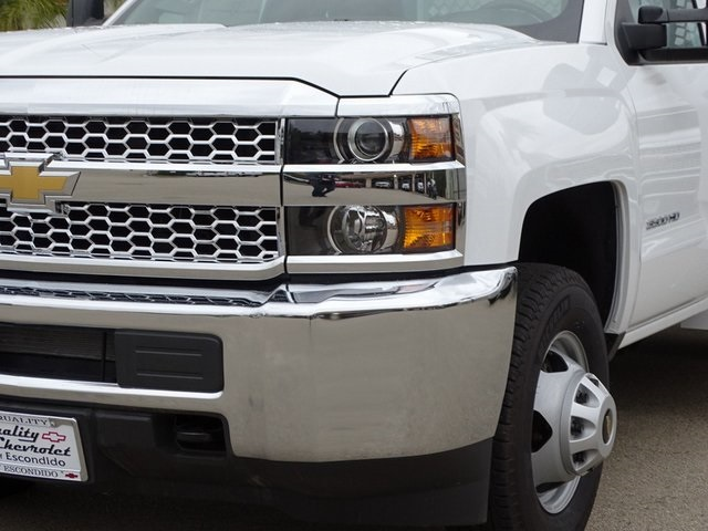 2019 Silverado 3500 Regular Cab DRW 4x2,  Royal Contractor Body #190598 - photo 4