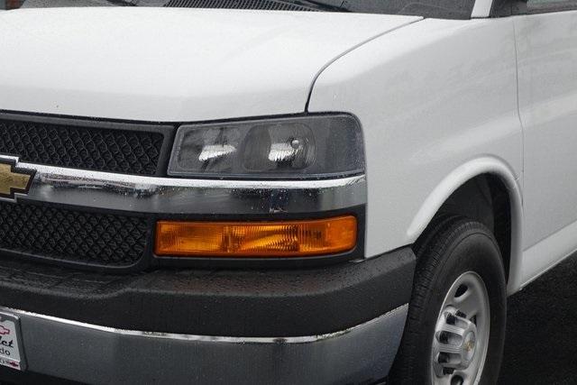 2019 Express 3500 4x2,  Supreme Cutaway Van #190897 - photo 4