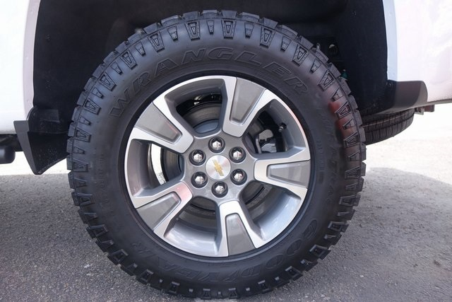 2019 Colorado Extended Cab 4x4,  Pickup #190939 - photo 7