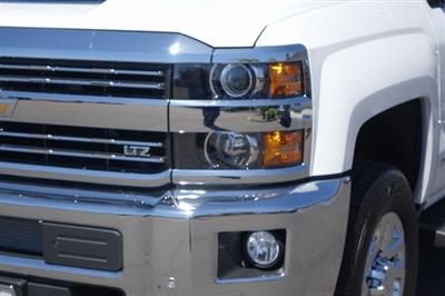 2019 Silverado 3500 Crew Cab 4x2,  Pickup #191091 - photo 4