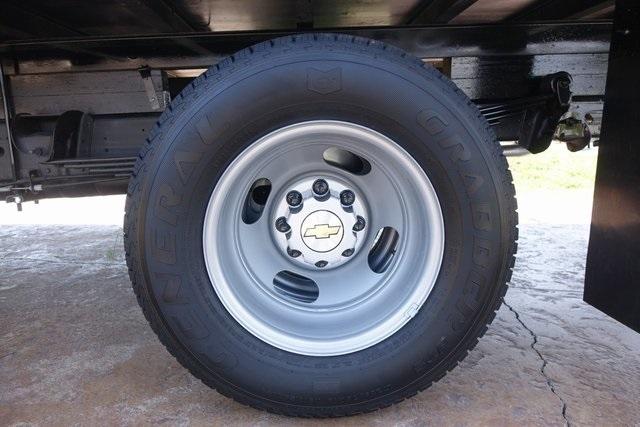 2019 Express 3500 4x2,  Morgan Parcel Aluminum Cutaway Van #191349 - photo 7