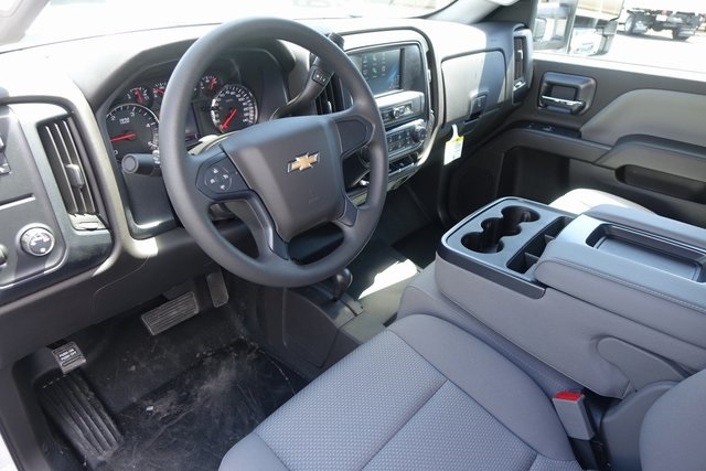 2019 Silverado 3500 Crew Cab 4x4,  Pickup #191384 - photo 16