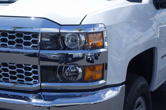 2019 Silverado 3500 Crew Cab 4x4,  Pickup #191384 - photo 4