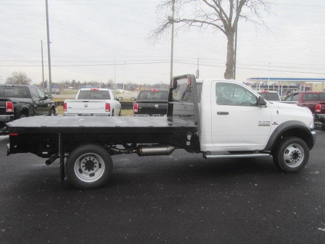 2017 Ram 5500 Regular Cab DRW 4x4, Knapheide Platform Body #G514335 - photo 3