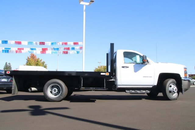 2018 Silverado 3500 Regular Cab DRW 4x2,  Knapheide Platform Body #00220183 - photo 4