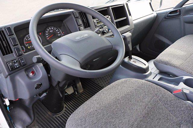2020 Chevrolet LCF 4500 Regular Cab DRW 4x2, Morgan Prostake Platform Body #00233287 - photo 8