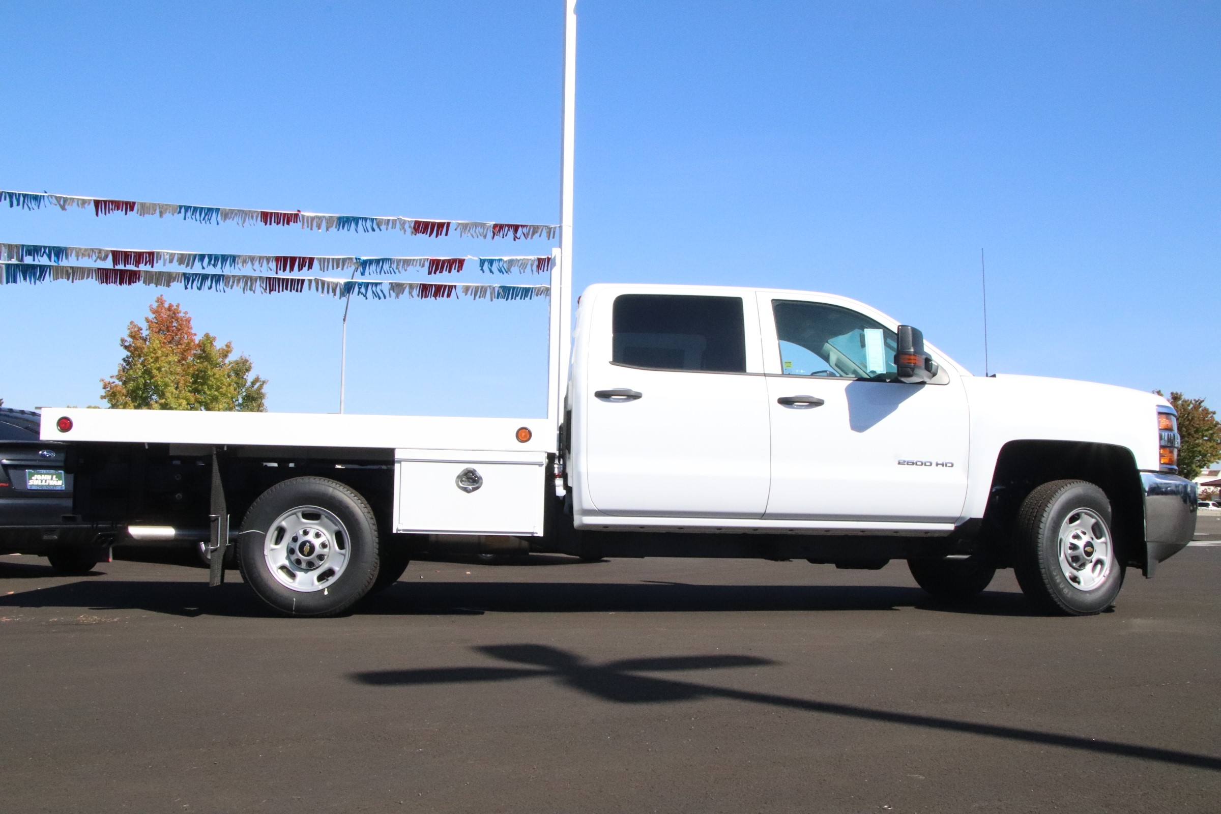 2018 Silverado 2500 Crew Cab 4x2,  Royal Platform Body #221089 - photo 5