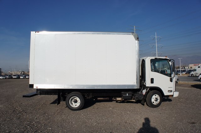 2016 LCF 3500 Regular Cab,  Dry Freight #F16101 - photo 5