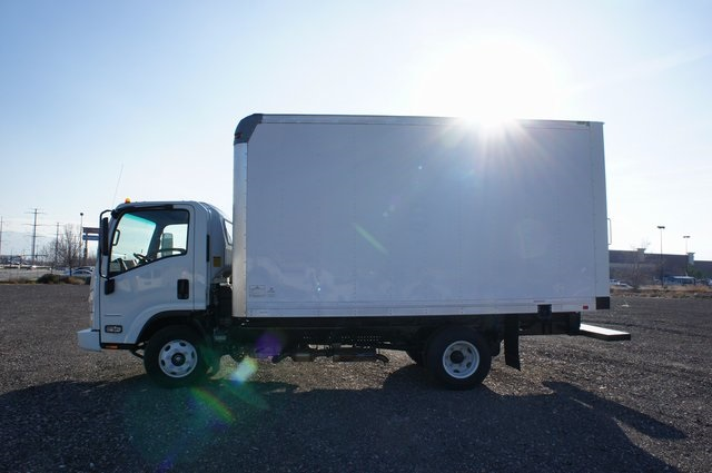 2016 LCF 3500 Regular Cab,  Dry Freight #F16101 - photo 7
