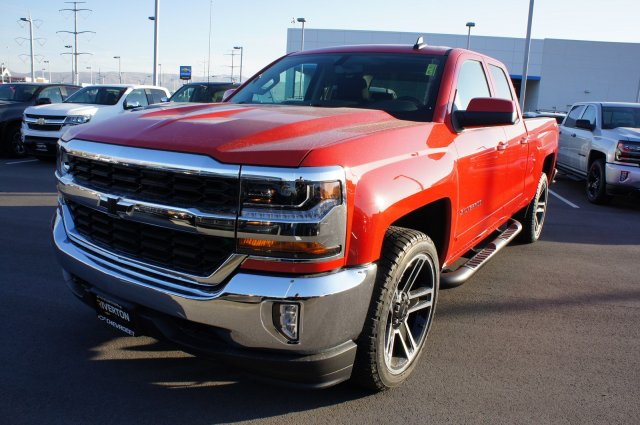 2017 Silverado 1500 Double Cab 4x4, Pickup #T07727 - photo 12