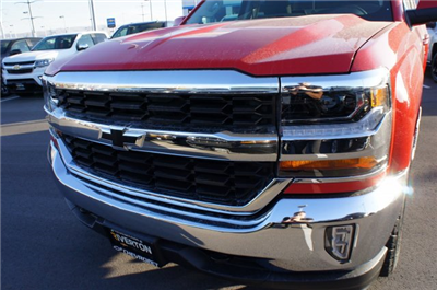 2017 Silverado 1500 Double Cab 4x4, Pickup #T07727 - photo 13