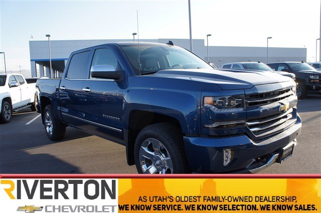 2017 Silverado 1500 Crew Cab 4x4 Pickup #T07886 - photo 1