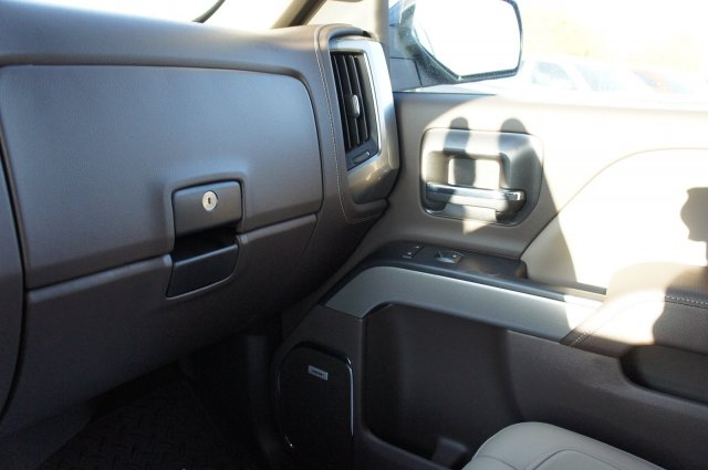2017 Silverado 1500 Crew Cab 4x4 Pickup #T07886 - photo 30