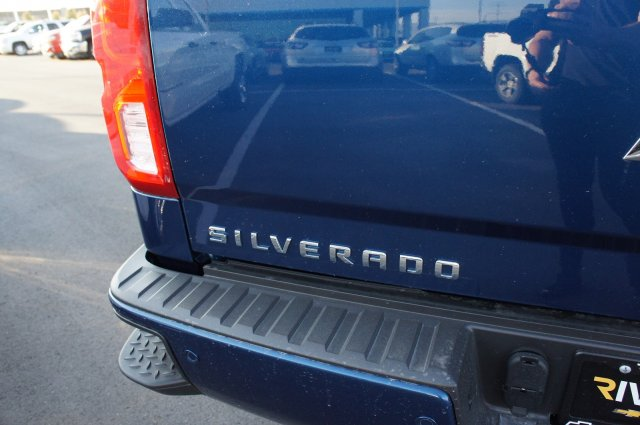 2017 Silverado 1500 Crew Cab 4x4 Pickup #T07886 - photo 8