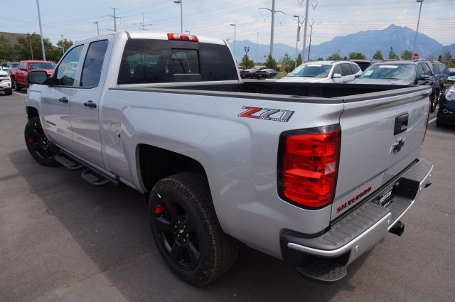 2018 Silverado 1500 Double Cab 4x4, Pickup #T08038 - photo 20