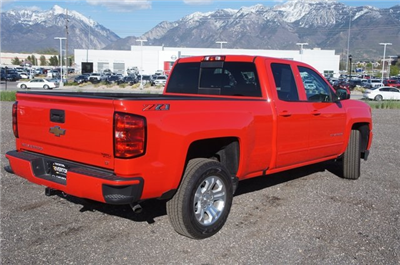 2018 Silverado 1500 Double Cab 4x4,  Pickup #T08050R - photo 2