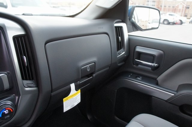 2018 Silverado 1500 Double Cab 4x4,  Pickup #T08057R - photo 20