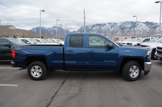 2018 Silverado 1500 Double Cab 4x4,  Pickup #T08057R - photo 3