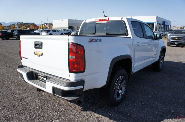 2018 Colorado Crew Cab 4x4, Pickup #T08107 - photo 2