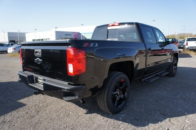 2018 Silverado 1500 Crew Cab 4x4,  Pickup #T08141 - photo 4