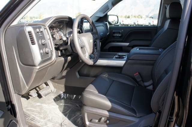 2018 Silverado 1500 Crew Cab 4x4,  Pickup #T08141 - photo 17