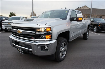2018 Silverado 2500 Crew Cab 4x4 Pickup #T08202 - photo 11