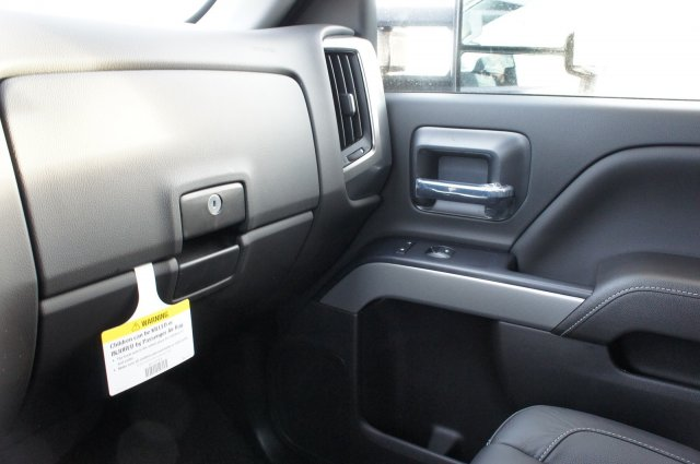 2018 Silverado 2500 Crew Cab 4x4 Pickup #T08246 - photo 29