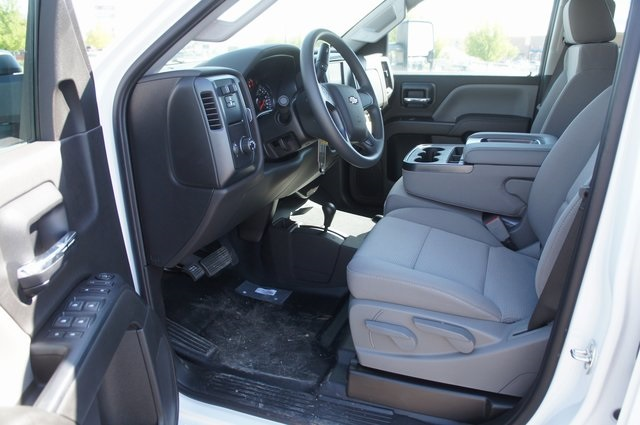 2018 Silverado 3500 Double Cab 4x4,  Cab Chassis #T08593 - photo 8