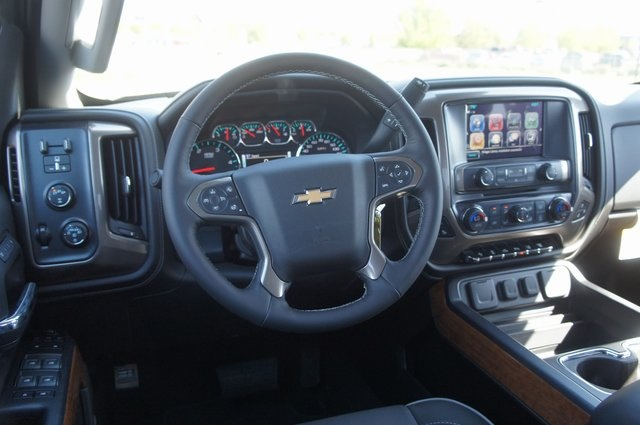 2018 Silverado 3500 Crew Cab 4x4,  Pickup #T08600 - photo 16