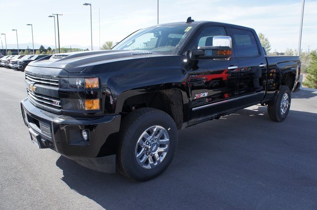 2018 Silverado 3500 Crew Cab 4x4,  Pickup #T08609 - photo 11