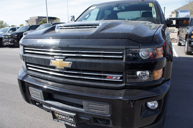 2018 Silverado 3500 Crew Cab 4x4,  Pickup #T08609 - photo 12