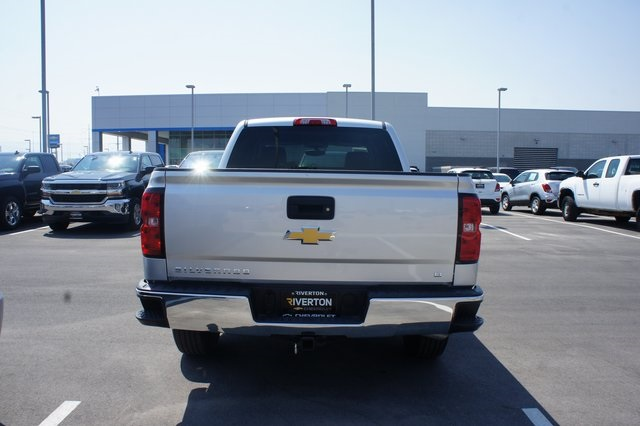 2018 Silverado 1500 Crew Cab 4x4,  Pickup #T08616R - photo 3
