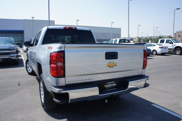 2018 Silverado 1500 Crew Cab 4x4,  Pickup #T08616R - photo 4