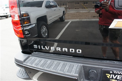 2018 Silverado 3500 Crew Cab 4x4,  Pickup #T08650 - photo 8
