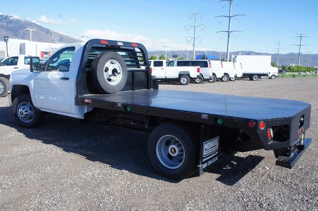 2018 Silverado 3500 Regular Cab DRW 4x4,  Platform Body #T08674 - photo 5
