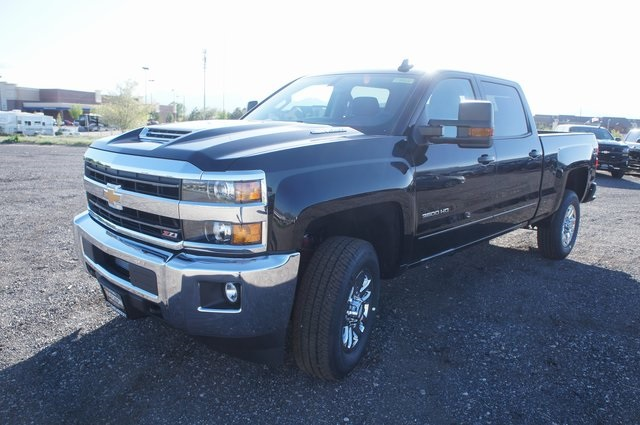 2018 Silverado 3500 Crew Cab 4x4,  Pickup #T08832 - photo 7