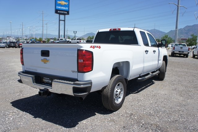 2018 Silverado 2500 Double Cab 4x4,  Cab Chassis #T08934 - photo 2
