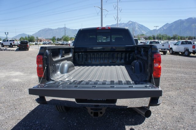 2018 Silverado 2500 Crew Cab 4x4,  Pickup #T08970 - photo 13