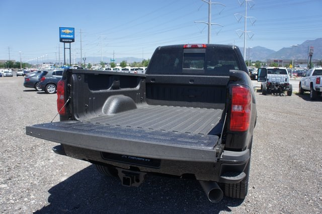 2018 Silverado 2500 Crew Cab 4x4,  Pickup #T08976 - photo 14