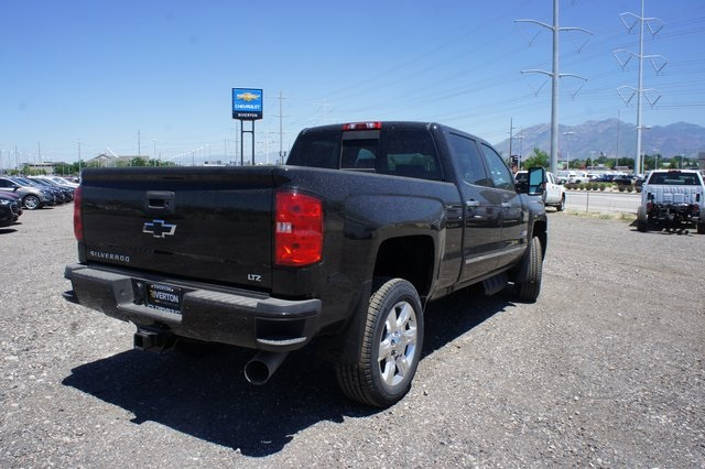 2018 Silverado 2500 Crew Cab 4x4,  Pickup #T08976 - photo 2