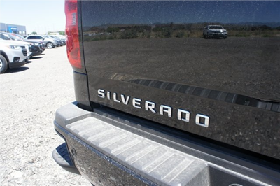 2018 Silverado 2500 Crew Cab 4x4,  Pickup #T08976 - photo 13