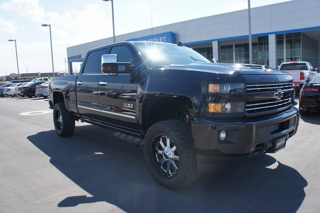 2019 Silverado 3500 Crew Cab 4x4,  Pickup #T09007 - photo 1