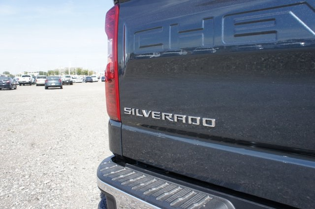 2019 Silverado 1500 Crew Cab 4x4,  Pickup #T09135 - photo 12