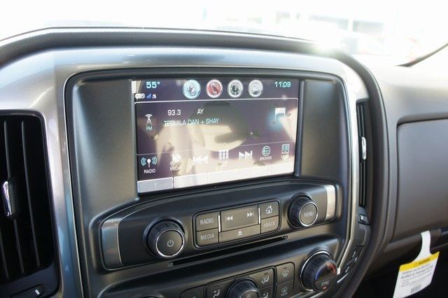 2019 Silverado 3500 Crew Cab 4x4,  Pickup #T09159 - photo 23